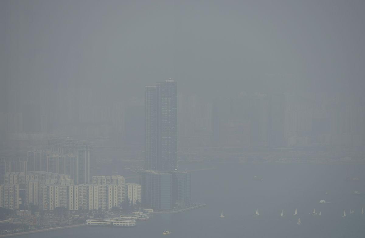 Không khí Hong Kong quá ô nhiễm, rủi ro sức khỏe cao