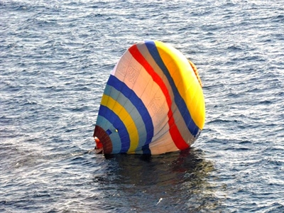 Nhật Bản giải cứu người lái khí cầu Trung Quốc trên vùng biển tranh chấp