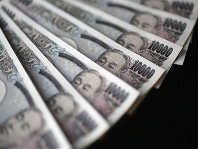 Tỷ giá JPY/USD tăng tuần đầu tiên sau 2 tháng