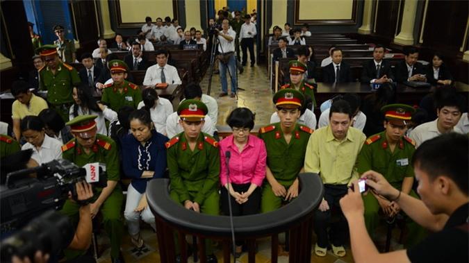 Huỳnh Thị Huyền Như đối diện án tù chung thân