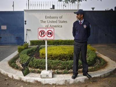 Ấn Độ muốn đóng cửa câu lạc bộ sứ quán Mỹ để trả đũa