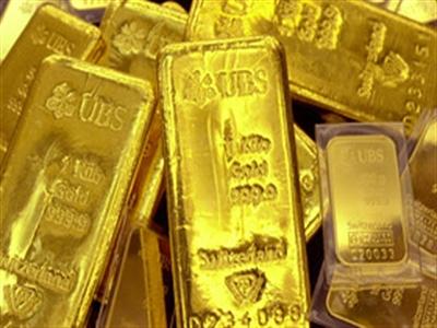 Giá vàng sụt giảm do cổ phiếu tăng giá và phát biểu của quan chức Fed