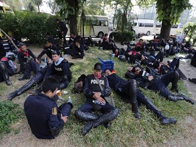 Cảnh sát Bangkok tránh mặt người biểu tình Thái Lan