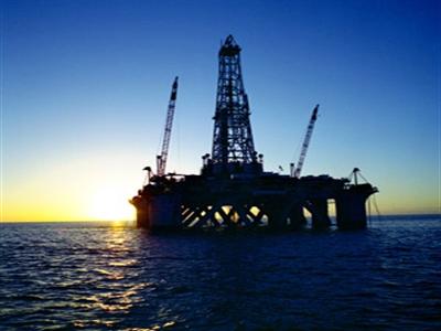 Giá dầu lên cao nhất 2 tuần sau tín hiệu lạc quan về kinh tế Mỹ