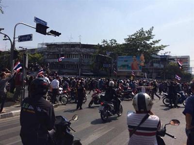 Thái Lan: vụ nổ ở tượng đài làm bị thương 4 người.