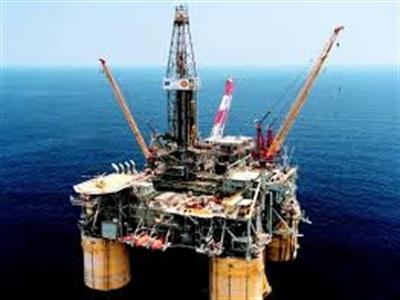 Giá dầu giảm mạnh nhất 2 tuần sau báo cáo doanh số bán nhà Mỹ