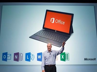 Cựu cố vấn của bà Hillary Clinton làm giám đốc Microsoft