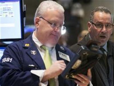 S&P 500 liên tục lập đỉnh mới