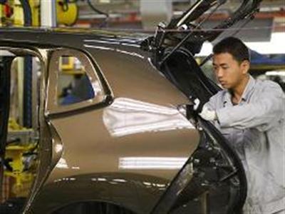 Xuất khẩu Trung Quốc bất ngờ giảm 18,1% trong tháng 2