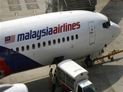 Malaysia Airlines - Boeing 777:  Hãng hàng không an toàn nhất và chiếc máy bay chắc chắn nhất