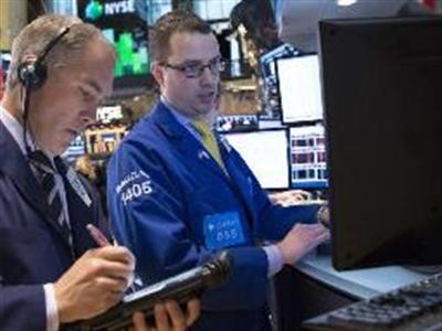 Chứng khoán Mỹ giảm trước dấu hiệu suy giảm kinh tế Trung Quốc