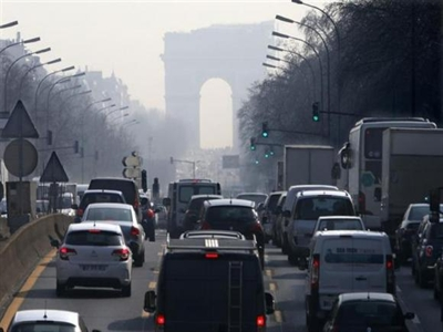 Paris hạn chế xe theo biển số chẵn/lẻ