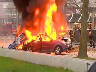Trực thăng của kênh truyền hình rơi giữa Seattle làm ít nhất 2 người chết