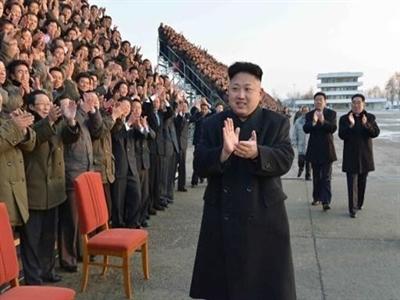 Triều Tiên bắt thanh niên phải để