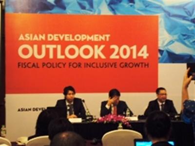 ADB dự báo lạm phát Việt Nam giảm xuống 6,2% trong năm nay