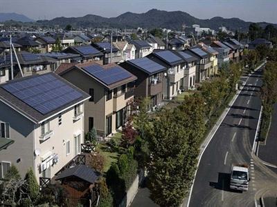 Thị trường năng lượng sạch tăng trưởng tại Anh, Nhật Bản và Canada