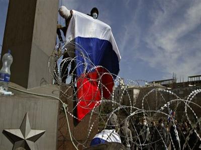 Người biểu tình phía đông Ukraine kêu gọi Putin gửi quân đến Donets