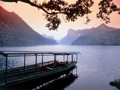 Ba Bể vào danh sách 16 hồ đẹp nhất thế giới