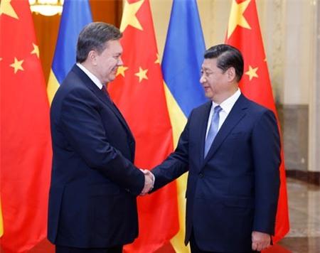 Ông Yanukovich bị lật đổ vì bán tàu sân bay cho Trung Quốc?