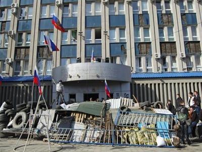 Ukraine cáo buộc người biểu tình bắt cóc con tin