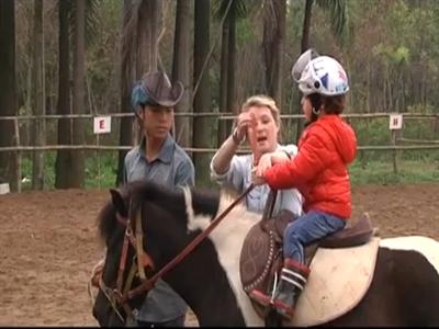 Rộ mốt học cưỡi ngựa Tây ở Hà Nội