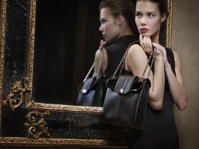 Cartier ra mắt bộ sưu tập túi xách 2014: Sành điệu và tiện dụng