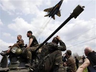Mỹ tính khả năng Nga can thiệp quân sự vào Đông Ukraine