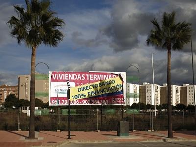 Tây Ban Nha: Bán tháo 9,6 tỉ USD khoản vay thế chấp nhà đất