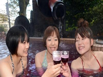 Rượu ngon để dành hay để uống?