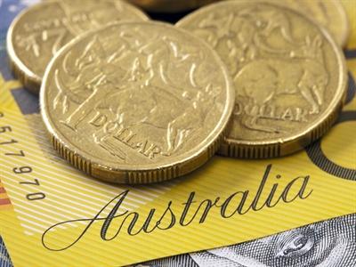 USD giảm so với đô la Úc trước khả năng tăng lãi suất của Úc