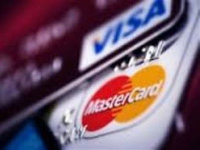 """Nga """"phản đòn"""" Visa, Mastercard"""