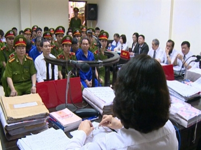Vì sao hoãn tuyên án Dương Chí Dũng?