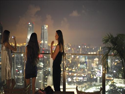 Thịnh vượng như mở hộp đêm ở Singapore