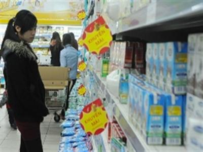 Doanh nghiệp sữa chi vượt hàng trăm tỷ đồng quảng cáo