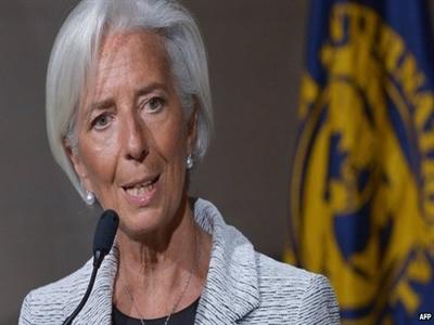 IMF thông qua gói hỗ trợ 17 tỷ USD cho Ukraine