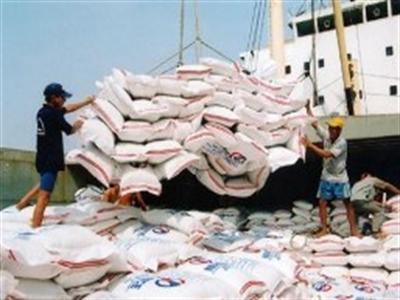 Trung Quốc bất ngờ nhập khẩu mạnh gạo Việt Nam