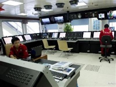 Chùm ảnh: Bên trong giàn khoan HD-981 của Trung Quốc