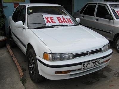 Thị trường ô tô: Mới đắt hàng, cũ đìu hiu