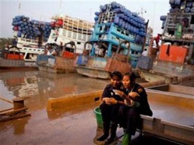 Mỹ gia hạn một số biện pháp trừng phạt kinh tế Myanmar