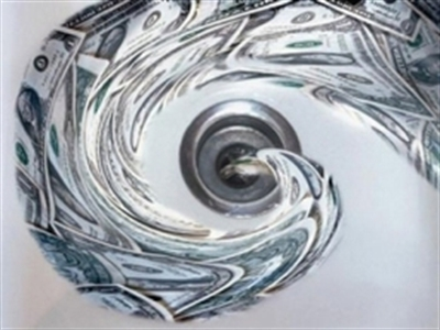 Tiền bất ngờ chảy mạnh vào 2 quỹ ETF Việt Nam bất chấp VN-Index giảm gần 10% tuần qua
