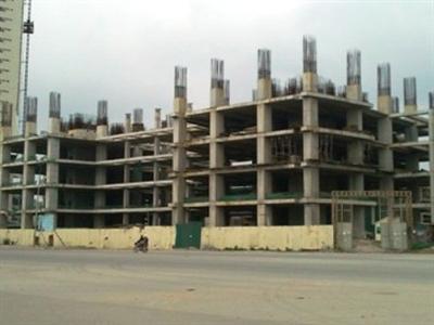 Cảnh hoang tàn tại dự án Hà Nội Times Tower