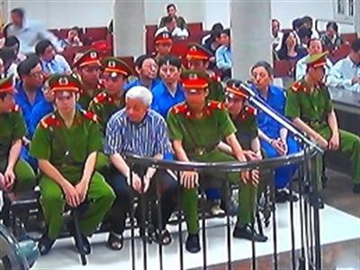 Xét xử bầu Kiên: Chủ tịch Hòa Phát nói không biết cổ phiếu đã được thế chấp