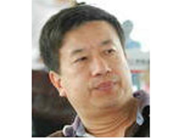 Biên tập viên Tân Hoa xã phản đối 'thành phố Tam Sa'
