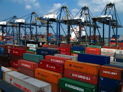 4 tháng vừa qua, Việt Nam nhập khẩu bao nhiêu hàng hóa từ Trung Quốc?