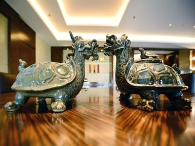 Cận cảnh phòng Tổng thống 140 triệu đồng/đêm tại khách sạn 5 sao ở Hà Nội