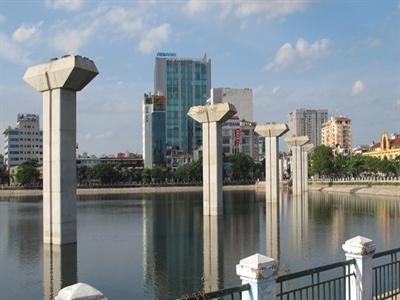 Hà Nội yêu cầu đẩy nhanh tiến độ các dự án giao thông trọng điểm