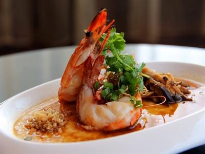 Tháng 6: Ưu đãi ẩm thực mùa hè ở khách sạn xuất sắc thế giới tại Hà Nội