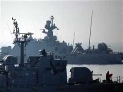 Triều Tiên phủ nhận nã pháo gần tàu chiến Hàn Quốc