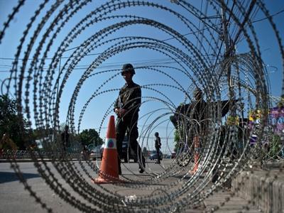 Thái Lan đánh tín hiệu cắt giảm lãi suất khẩn cấp sau đảo chính