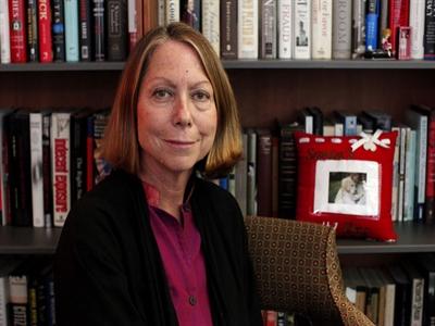 Nữ tổng biên tập New York Times mất chức và câu chuyện giới nữ